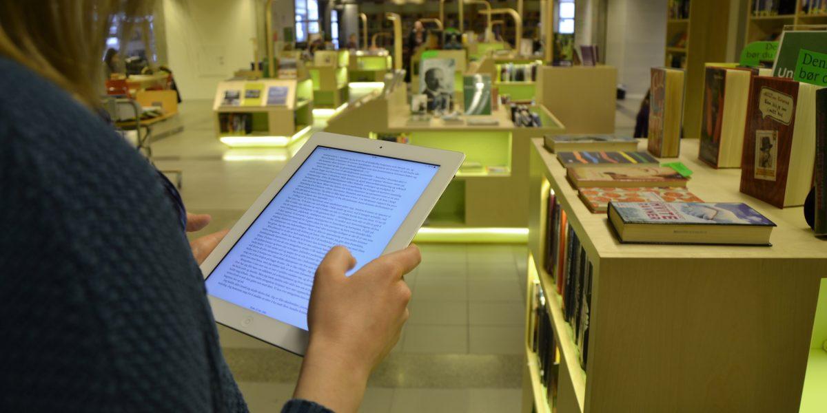 Tall fra 2016 viser at hver femte lånte bok på Stavanger bibliotek er en e-bok.